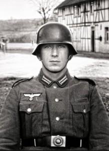 Soldato, 1940