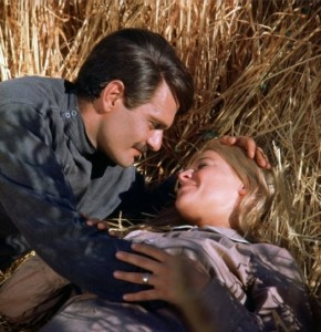 omar-sharif-con-julie-christie-in-il-dottor-zivago
