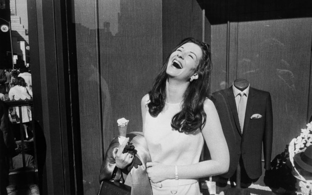 Women-are-beautiful-Garry-Winogrand-fotografia-man-nuoro-620x388