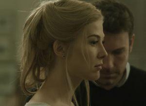 Pike gone_girl_review_1-0