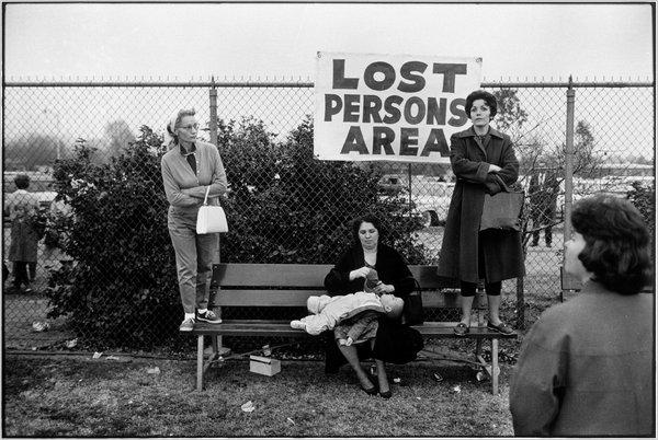 Pasadena -California- 1963 ©-Elliott-Erwitt